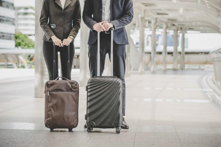 Mladí Slováci sa chcú za prácou presúvať skôr do zahraničia d3759b8a534