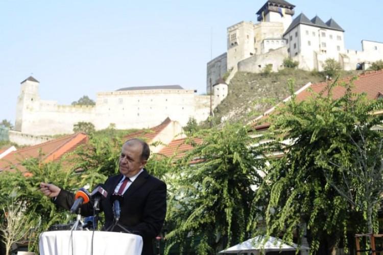 e7c569b46 Trenčín vystúpil zo ZMOS, primátor Rybníček chce kandidovať za ...