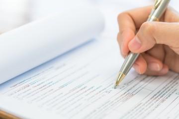 Finanční agenti a finanční poradcovia budú vypĺňať štvrťročné výkazy