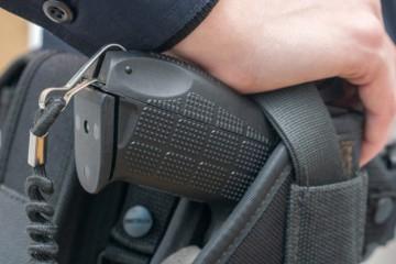 Slovenskí policajti majú dostať elektrické paralyzéry, musia byť v tvare pištole