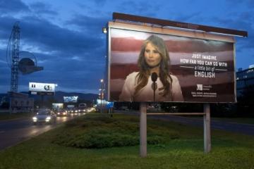 Trumpova manželka zvažuje žalobu na školu v Chorvátsku, rozhorčila ju reklamná kampaň s jej fotkou