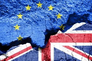 Veľká Británia začína proces odchodu z EÚ