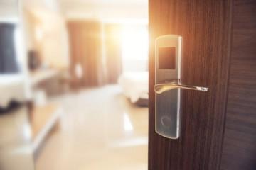 Tri známe hotely v Bratislave plánujú hromadné prepúšťania, o prácu príde až 80 ľudí