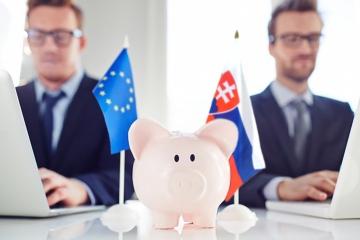 Slovensko delí trh na agentov a poradcov, do legislatívy EÚ to nezapadá