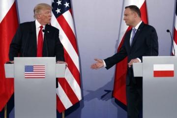 Poľský prezident Duda ďakuje Trumpovi za boj proti falošným správam, vyvolal zmiešané reakcie