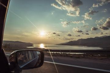 Dovolenka autom si vyžaduje poistenie, PZP v mnohých prípadoch nestačí