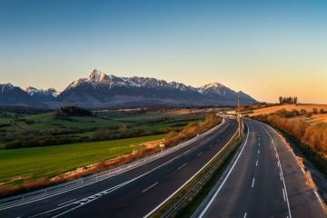 Diaľnica D1 pod Tatrami