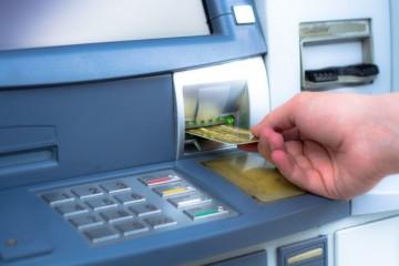 Bankomaty na Slovensku ohrozujú nové typy útokov, patria do kategórie označovanej ako ATM jackpotting