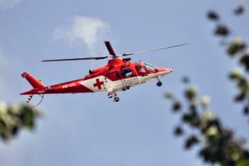 Pri dopravnej nehode zasahoval vrtuľník, odviezol dve maloleté dievčatá