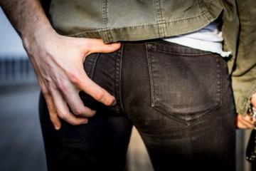 Vo Francúzsku udelili prvú pokutu za sexuálne obťažovanie, dostal ju muž za incident v autobuse