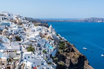 V Grécku a na Cypre je takmer polovica úverov nesplácaných, Slováci sú lepší dlžníci