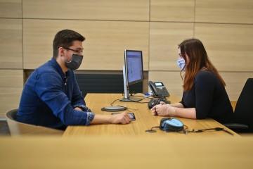 Podnikateľ žiada úver SIH antikorona