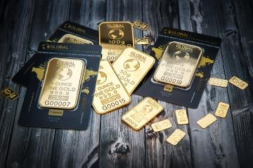 Politické kauzy D. Trumpa povzbudili záujem investorov o drahé kovy