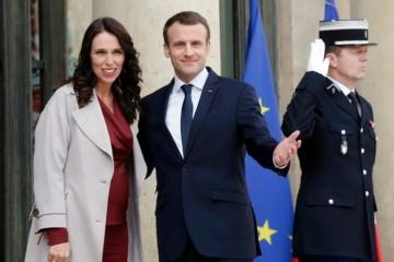 Macron a Ardernová po útoku v Christchurchi organizujú stretnutie na ukončenie online terorizmu