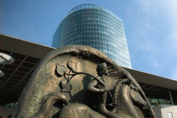 Slovenská ekonomika ďalej rastie, v ďalších rokoch pomôže nová automobilka