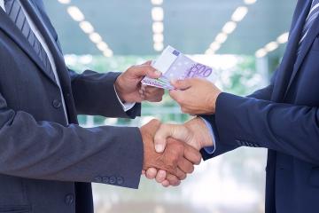 Banka verzus nebankové subjekty. V čom je rozdiel?