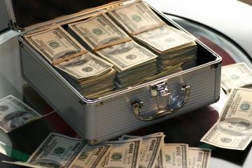 Miliardárov z roka na rok pribúda