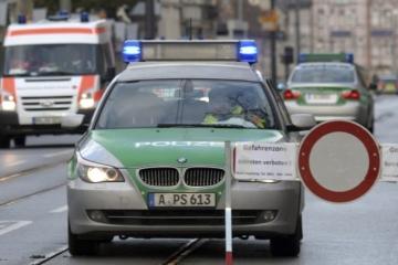 Muži sa vyhrážali teroristickým útokom, nemecká polícia ich zadržala a vykonala viacero razií