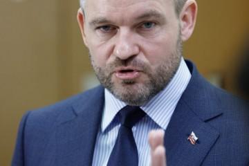 Slovensko zanechávam ako krajinu plne rešpektovanú v zahraničí, rozlúčil sa premiér Pellegrini v prejave (video)