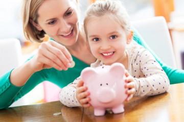 Vyšší rodičovský príspevok začnú postupne vyplácať, polepšia si desaťtisíce rodičov