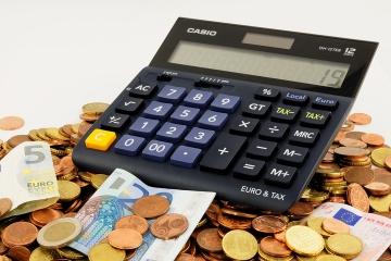 EK chce voľnejšie pravidlá o DPH pre malé a stredné podniky