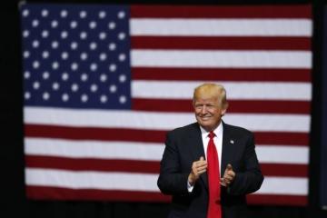 Trump sľubuje najrozsiahlejšie zníženie daní v histórii, do krajiny chce vrátiť pracovné miesta