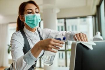 Slovenských podnikateľov v roku 2020 najviac zamestnala hlavne pandémia COVID-19