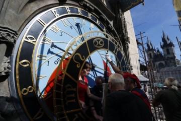 Staromestský orloj v Prahe opäť spustia, astronomické hodiny prešli kompletnou rekonštrukciou