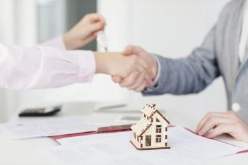 Strop na provízie agentov za sprostredkovanie úveru na bývanie sa nezavedie