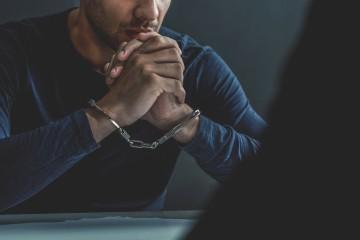 Na odhaľovanie podvodov poisťovne využívajú aj detektívov