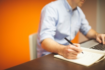 Nové požiadavky na odbornosť potrápia najmä príležitostných agentov