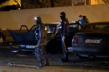 Dráma vo Francúzsku má ďalšiu obeť. Zomrel policajt, ktorý sa vymenil za rukojemníčku