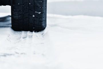 Letné pneumatiky v zime môžu znefunkčniť poistenie