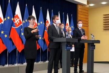 Tlačová beseda predsedu vlády Igora Matoviča a ministra financií Eduarda Hegera