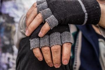 Bezdomovec si z letiska Charlesa de Gaulla v Paríži odniesol tisícky eur