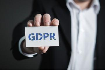 Mýtus o GDPR #1: Údaje na vizitke je možné ďalej neobmedzene používať