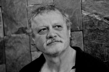 Verejnosť i kolegovia vzdajú hold zosnulému hercovi Mariánovi Geišbergovi v novej budove SND