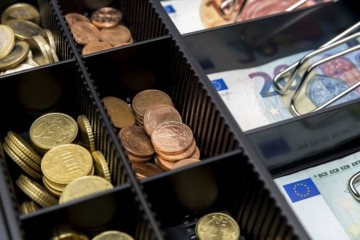 Účinnosť novely zákona o cenách sa posunie o pol roka, schválil to parlamentný finančný výbor