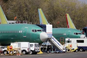 Prevádzkový zisk Boeingu klesol o viac ako pätinu, spôsobili to problémy lietadla 737 Max 8