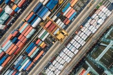 Slovenská ekonomika prekvapila pasívnym zahraničným obchodom