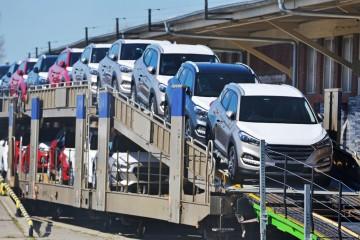 Americké clá znervózňujú automobilky