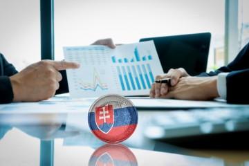 Slovensko minulý rok hospodárilo s deficitom 0,7 % HDP