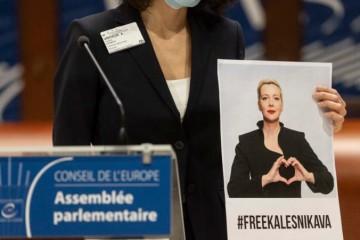 Cenu Václava Havla za ľudské práva získala uväznená Bieloruska Maryja Kalesnikavová, ocenenie prevzala jej sestra