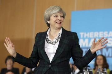 Theresa Mayová bráni dohodu o brexite, podľa nej by iné alternatívy nefungovali