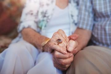 Dôchodkyňa Katarína prišla o stovky eur aj šperky, podvodník použil už dobre overený trik