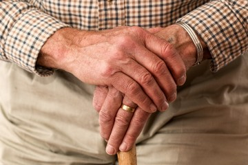 Smer chce strop na dôchodkový vek. Bez reforiem to nepôjde, varujú experti