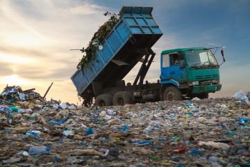 Skládka s odpadom