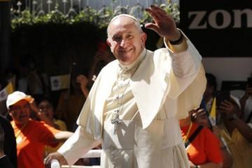 Katolíci a budhisti by mohli spolupracovať, pápež František vyzval aj na pomoc chudobným