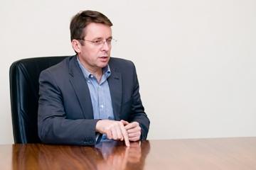 Ivan Mikloš: Realitná bublina skôr či neskôr praskne, je veľa signálov, že sa nafukuje