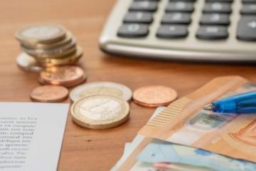 Ak dlžníci nedodržia splátkový kalendár, Sociálnej poisťovni musia dlh zaplatiť jednorazovo
